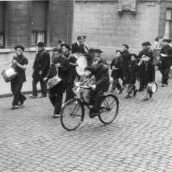 Batjesstoet, Muziek der Aloude Sicambers, Noordstraat, Roeselare, 1953