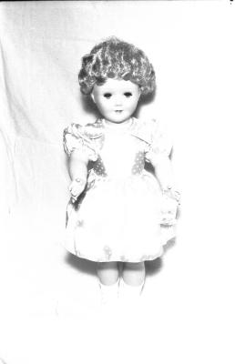 Poppen en kinderkoets, Izegem, 1958