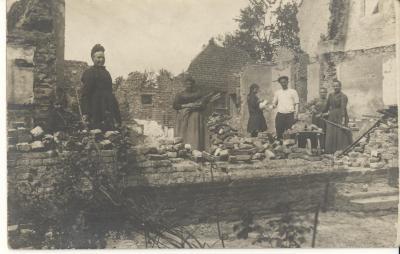 Heropbouw na de oorlog, Hooglede