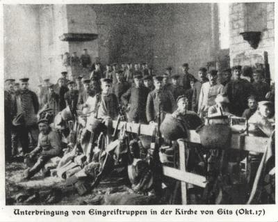 Duitse troepen in de kerk van Gits