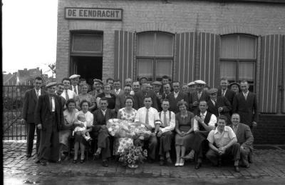 """Bolletrakampioen café """"De Eendracht"""", Izegem, 1958"""