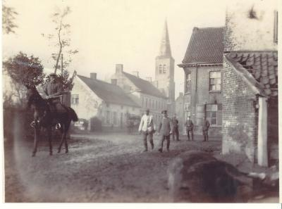 Amersveldstraat-Delaeyestraat, Hooglede