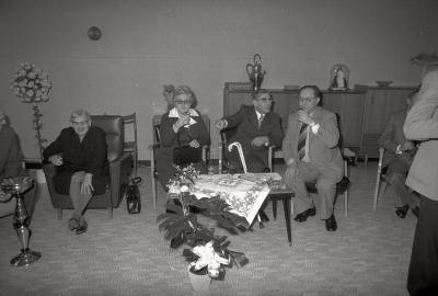 Viering Gouden huwelijk in rusthuis, Moorslede 1976