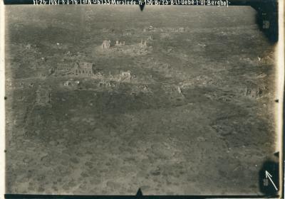 Luchtfoto kapotgeschoten centrum, Moorslede
