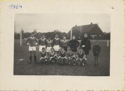 Voetbalploeg Dosko Beveren, 1964