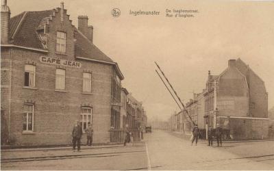 Overweg in de Izegemstraat, Ingelmunster, ca 1910