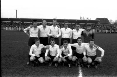Voetbalwedstrijd FC Izegem-Waregem, Izegem, 1958