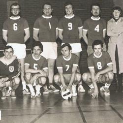 Minivoetbalploeg leraars lagere school, 1977