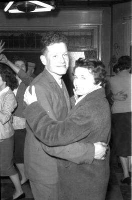 Wielrenner Rinnaert danst, Izegem, 1958