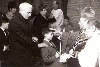 Vormselplechtigheid Marc Cappelle, kerk Beveren, 1970