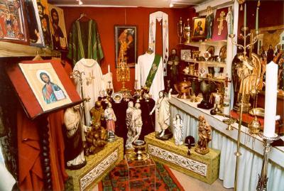 Voorwerpen voor Priesters, Gits