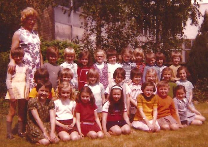 1ste leerjaar bij Mevrouw Marie-Louise Muylle, Gits, 1974(?)