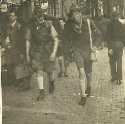 Willy Beernaert met scoutsmakker
