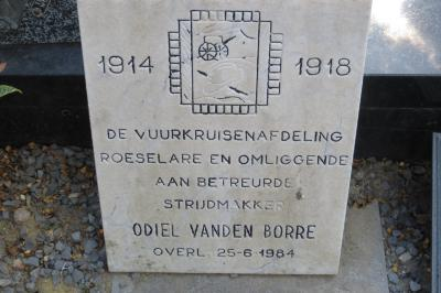 Gedenksteen vuurkruiser Odiel Vanden Borre, Hooglede