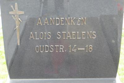 Gedenksteen Alois Staelens, Hooglede