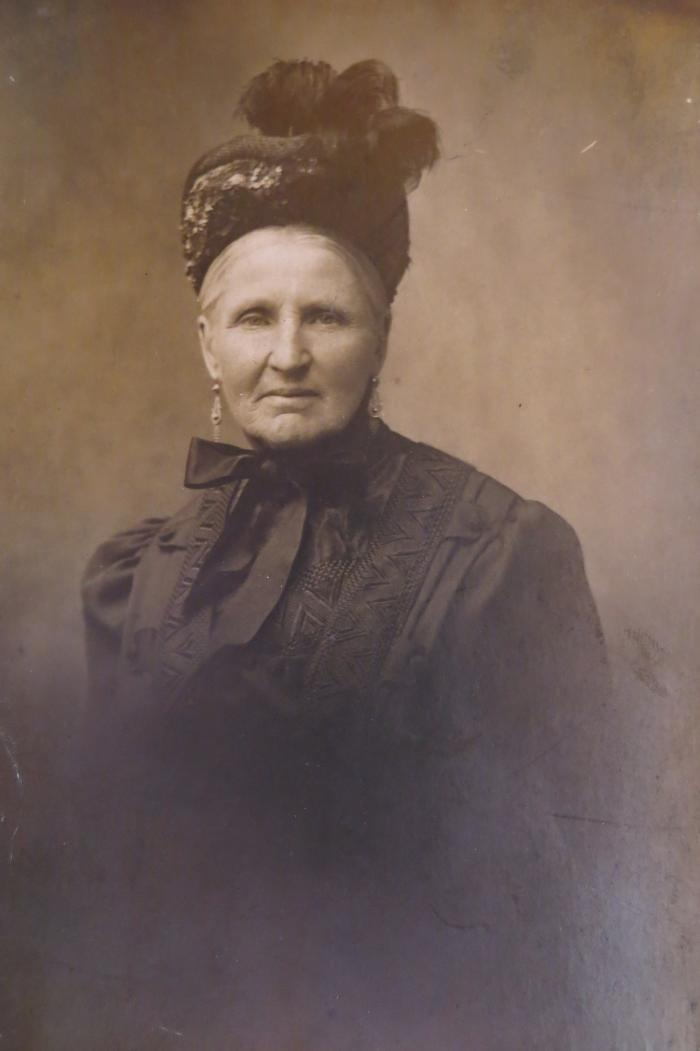 Juliana Demeulenaere, Lichtervelde