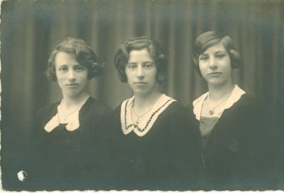 Foto van 3 vrouwen