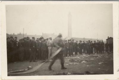 Huldiging (?), Calais, 1932