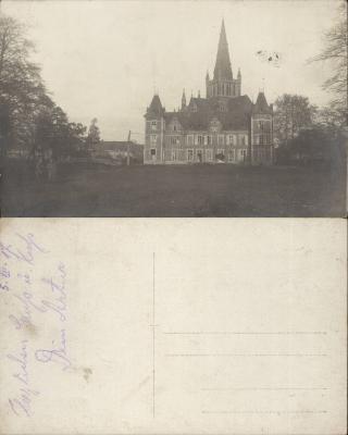 Fotokaart met kasteel en kerk gezien vanuit het kasteelpark, Dadizele 5 december 1917
