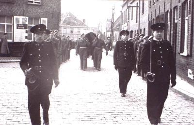 Begrafenis stoet Gits, 1950
