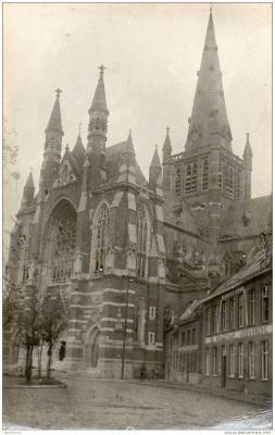 Duitse foto van basiliek en 'St.-Sebastiaan, afspanning', Dadizele