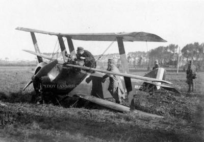 Militairen bij 'sopwith triplane', Dadizele 5 oktober 1917