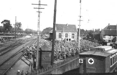 Goederenstation met soldaten tijdens WO I, Izegem