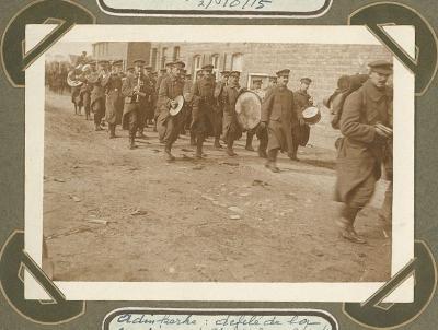 Optocht muziekkorps 2de linie, Adinkerke 2 oktober 1915