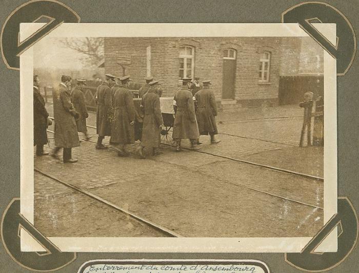 Begrafenis graaf d' Ansembourg, Adinkerke 14 oktober 1915