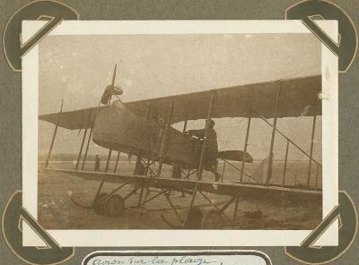 Vliegtuig op strand De Panne, 16 oktober 1915