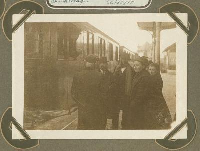 Roeselarenaren vertrekken uit Berck Plage, 26 oktober 1915