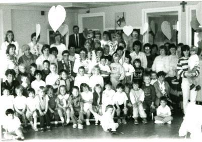 Feest Moederdag kleuterschool, Lichtervelde, 8 mei 1987
