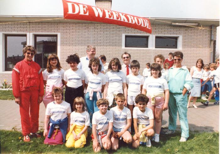 RSB neemt deel aan wandeltocht, Kortemark, 29 april 1987