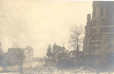 Kerk en villa De Bast, Dadizele
