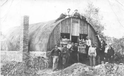 Ploeg arbeiders van Koning Albert Fonds, Dadizele