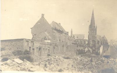 Jongensschool in Ketenstraat in puin, Dadizele