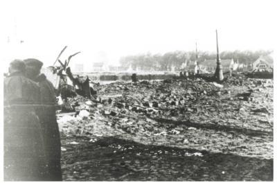 De vernielde Centrumbrug, Ingelmunster, 1940