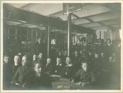 5e studiejaar bij Duyvewaerdt-Van Biervliet, 1914-1915, Roeselare