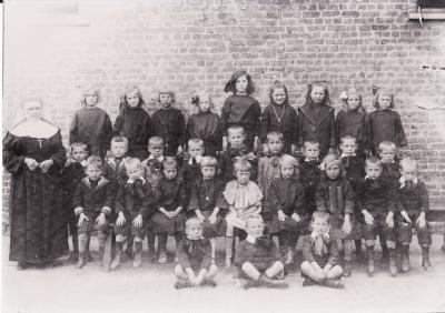 Wezenschool, Ingelmunster, 1925