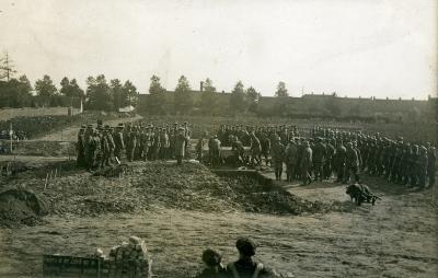Duitse militaire begrafenis, Izegem