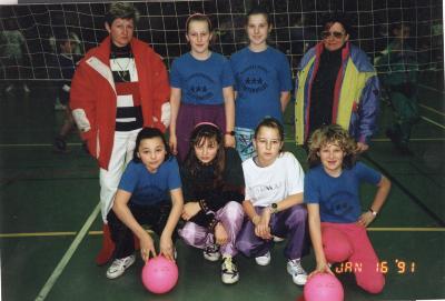 Netbal in het sportcentrum van Meulebeke, 16 januari 1991