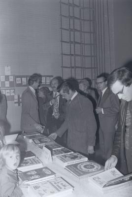 Boekenbeurs Staden, oktober 1975