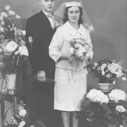 Huwelijksfoto mijnheer en mevrouw Hughelier