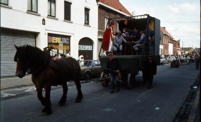 Tap en Torrestoet Dadizele: boerenkar; 15 mei 1983