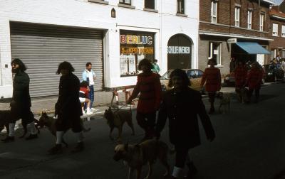 Tap en Torrestoet Dadizele: honden; 15 mei 1983