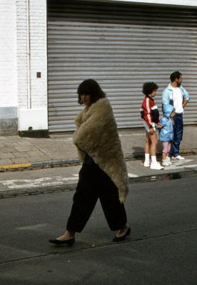 Tap en Torrestoet Dadizele: meisje met schapenvacht; 15 mei 1983