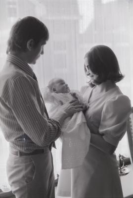 Baby met doopkleed, Moorslede 1974
