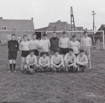 Voetbal op wijk Waterdam, Moorslede