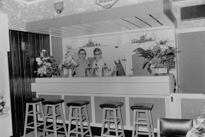 Heropening café De Nieuwe Ruiter, Roeselare augustus 1973