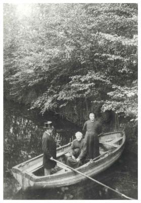 Dr. Emiel Lauwers, Guido Gezelle en Alfons Van Hee, Kortrijk, ca 1890